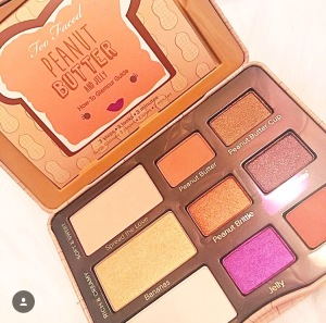 Too Faced Peanut Butter & Jelly Palette