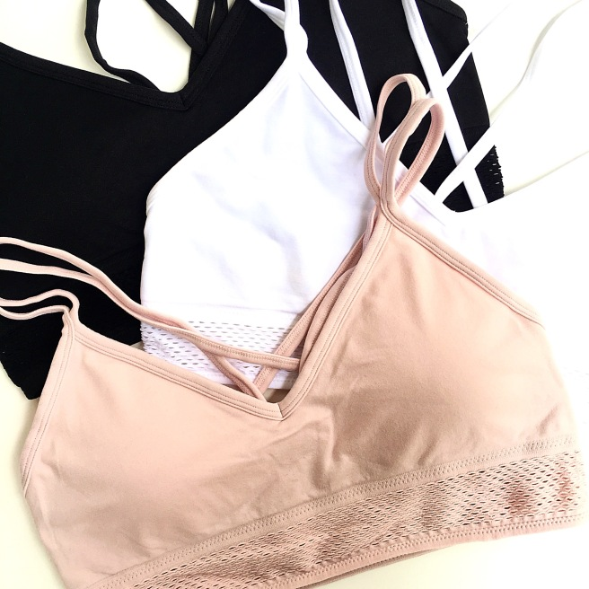 Workout Faves Under $15 - Forever 21 Sports Bra & High Waisted Leggings