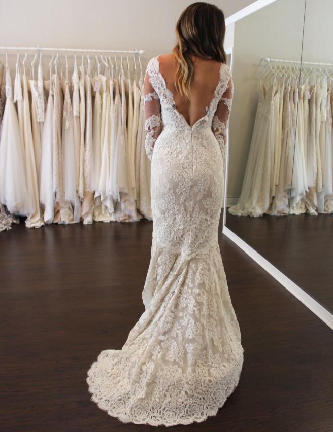 Wedding Dress Shopping at Malindy Elene in Tampa, FL (Anne Barge 'Laurel')