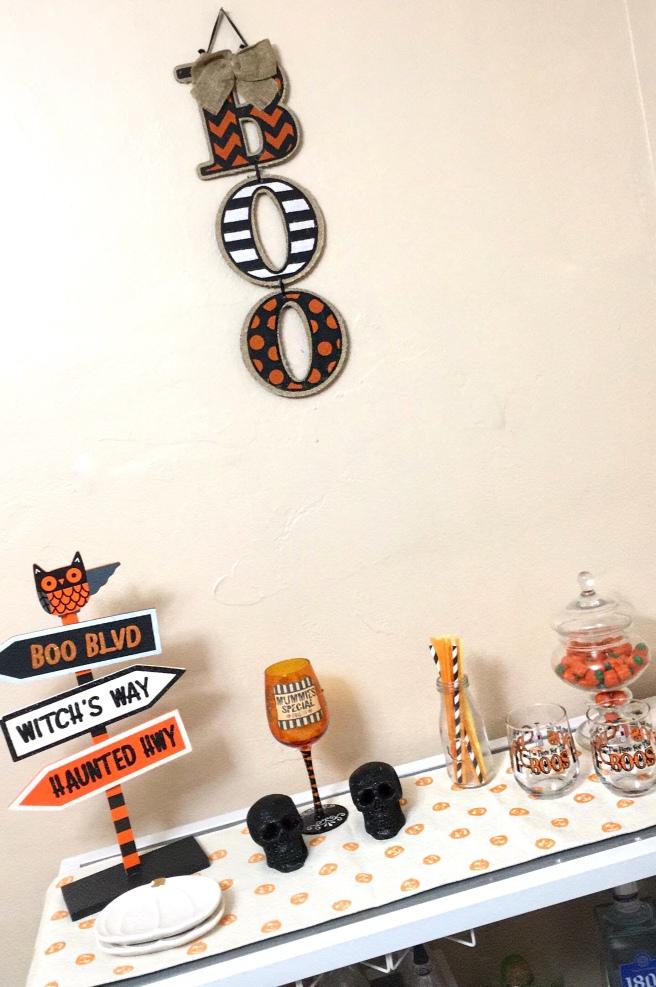 Fall Decorating - Halloween Bar Cart